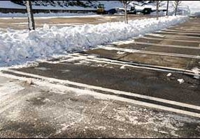 Snow Removal Commercial Retail Businesses in Westport, MA